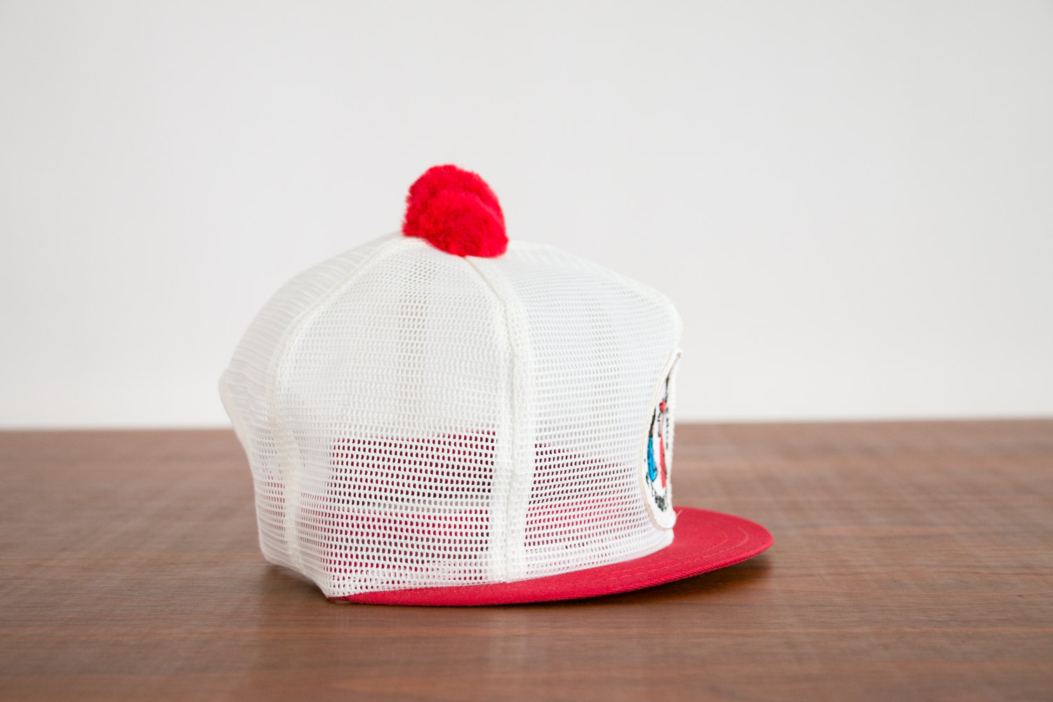 Vintage 1960's Red & White Mesh Trucker Hat - FARM STORE CONFERENCE, Snap back - Hipster, Indie, Retro