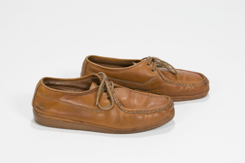 Vintage 1970's Men's Florsheim Idlers // Men's 8.5 8 1/2 Women's 9.5 9 1/2 // Brown Tan Leather // Tan Gum Soles // Retro // Hipster