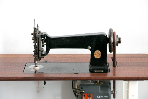 114w103 Chain Stich Sewing Machine, ca 1938